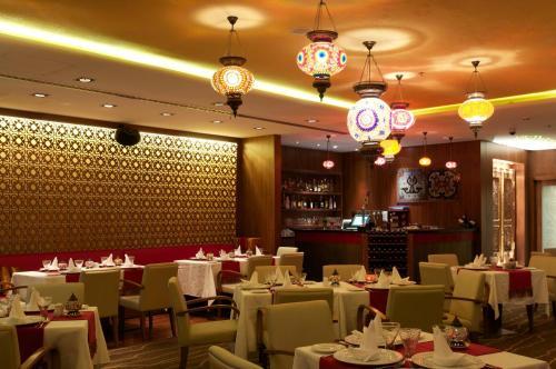 Ramada Chelsea Hotel Al Barsha photo 7