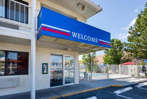 Motel 6 Carson City
