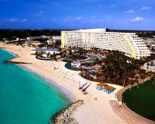 Grand Lucayan Resort Bahamas front view