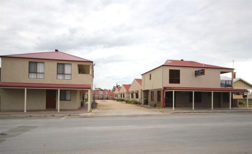Port Vincent Motel & Apartments
