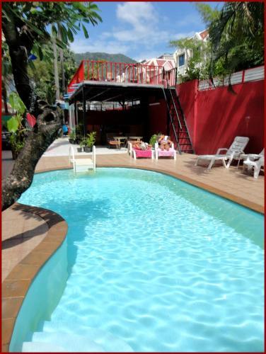 Boomerang Inn, 芭东海滩