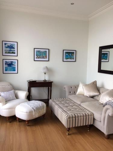 Tenby Town Apartment