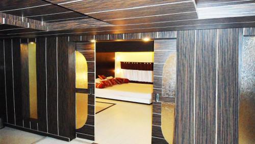 Отель Hotel VIP Continental 2 звезды Индия