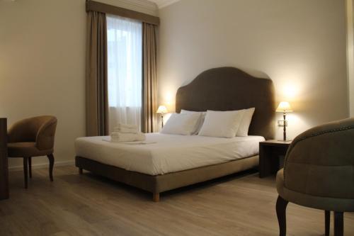 Отель Hotel Hermes Tirana 4 звезды Албания