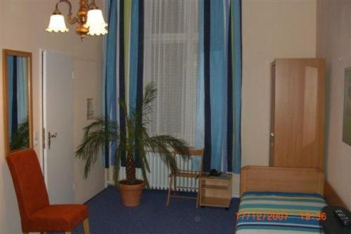 Berlin Hotel Pension Rheingold Am Kurfurstendamm