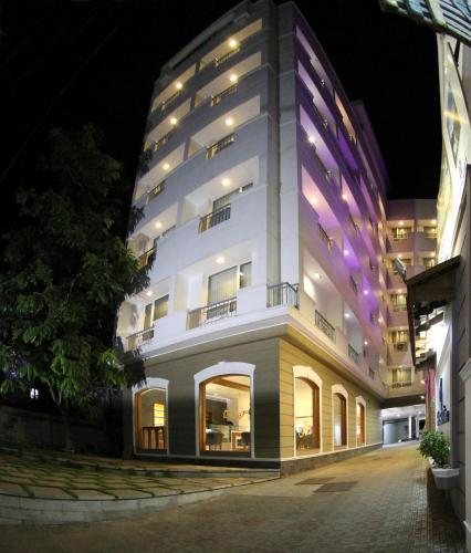 Отель Bhasuri Inn Guruvayoor 3 звезды Индия
