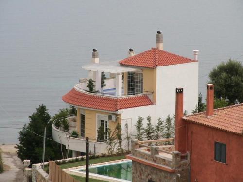 Alexander Erateini Panormos Villa