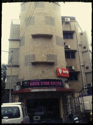 HotelHotel Rock Star Suites & Banquet