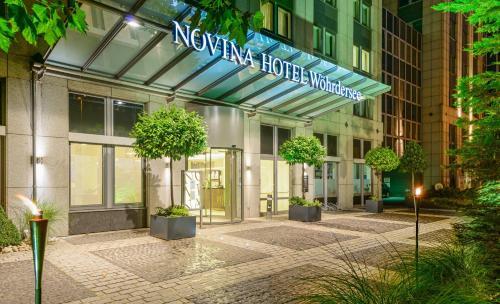 Отель Novina Hotel Wöhrdersee Nürnberg City 4 звезды Германия