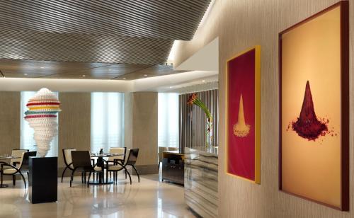 Four Seasons Hotel Abu Dhabi at Al Maryah Island photo 54