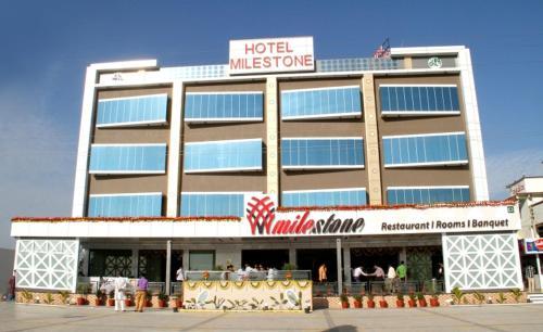 Hotel Milestone