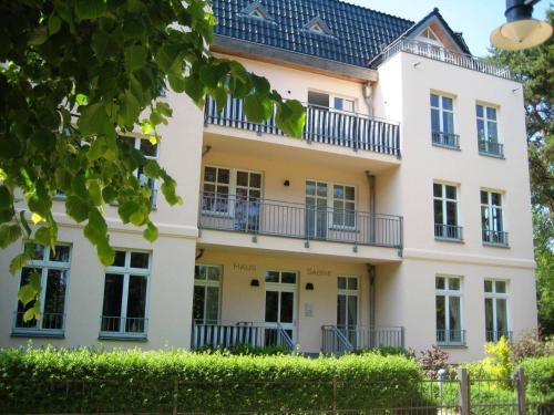 Haus Sabine - Ferienwohnung Mine photo 9