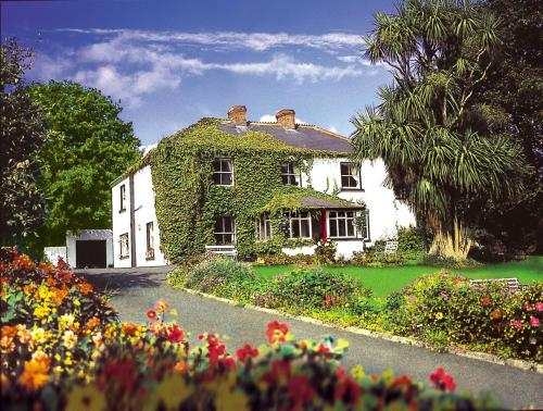 Photo of Ballyknocken House & Cookery School Hotel Bed and Breakfast Accommodation in Ath na Fuinseoige Wicklow