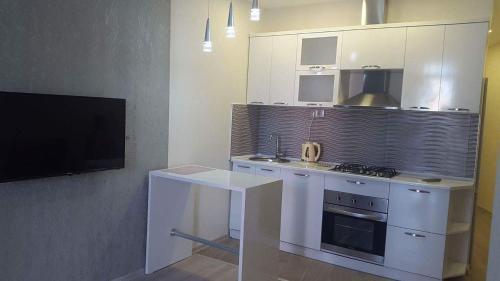 Апартаменты Comfortable on Pirosmani 16