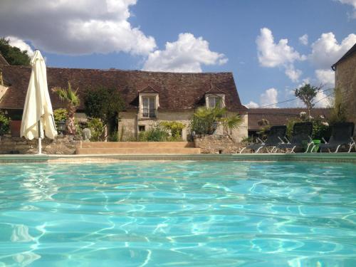 Demeure de forterre chambre d 39 h tes 9 rue du ch teau for Horaire piscine avallon
