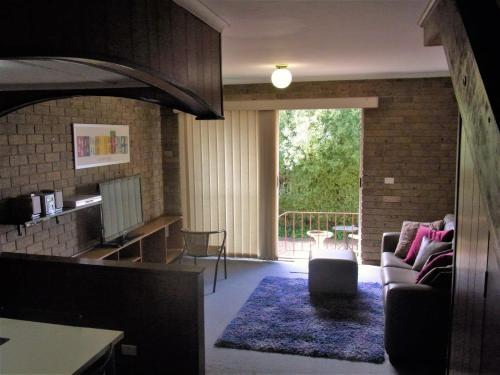 A Furnished Townhouse in Goulburn