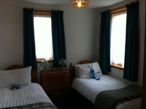Two-Bedroom Apartment - Skooty Allan
