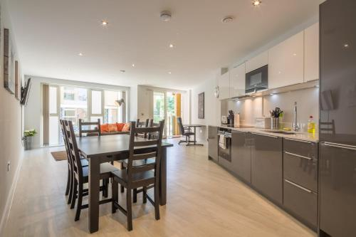 Kingfisher Apartments Cambridge City