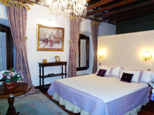 Deluxe Double Room Hotel Boutique Nueve Leyendas 36