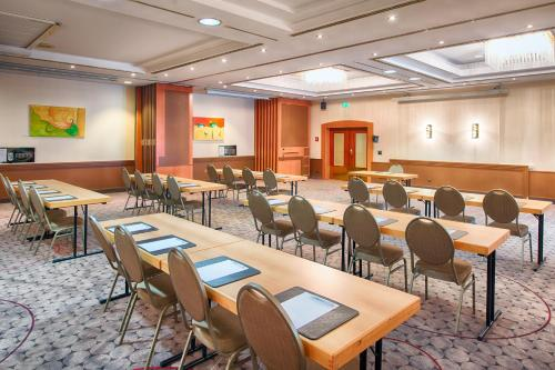 Holiday Inn Düsseldorf Airport Ratingen photo 23