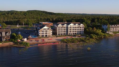 Traverse City Wine Tasting Hotel Packages