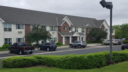 Crestview Suites Wichita