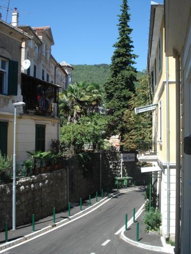 Apartments and Rooms Liburnija