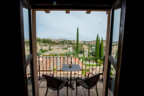 Doppel- oder Zweibettzimmer mit Zustellbett (2 Erwachsene + 1 Kind) mit Terrasse Cigarral de Caravantes 7