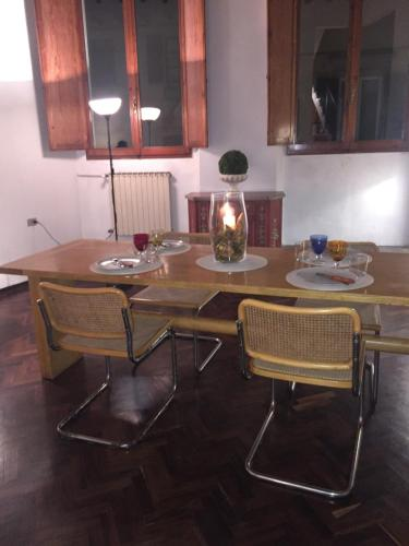 Pitti Apartment great light
