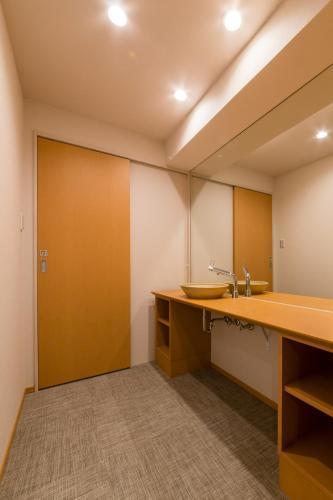 Sarasa hotel namba osaka osaka prefecture kinki for Design hotel osaka