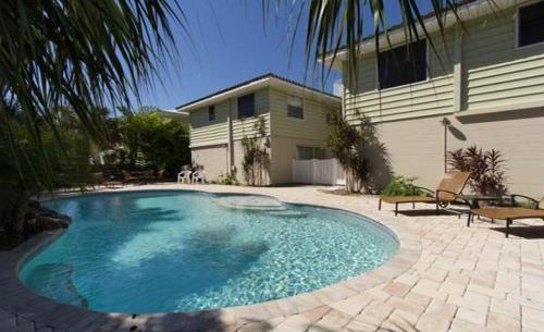 Swimming pool 50th Townhome 121-3