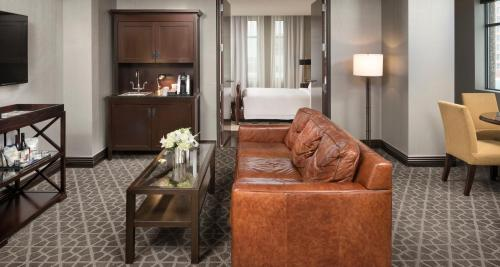 ➦  Starwood Hotels & Resorts Worldwide    (Minnesota) customer rating