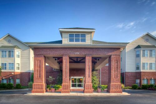 Homewood Suites By Hilton® Charlotte Airport NC, 28208