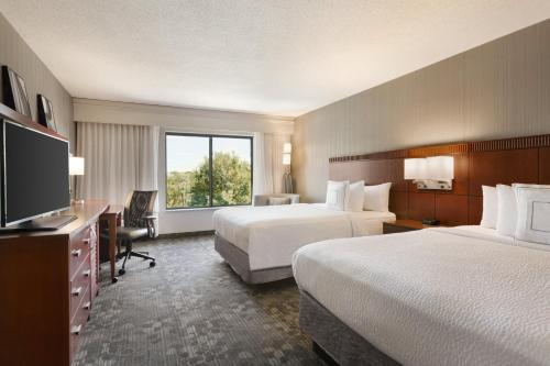 Courtyard By Marriott Bloomington Normal IL, 61761