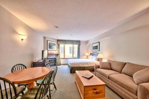 Hearthstone Lodge Village Center Apartment HS308 British Columbia