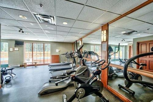 Fitness center Hearthstone Lodge Village Center Apartment HS201 British Columbia