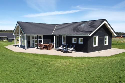 Holiday home Blåhvalvej A- 541