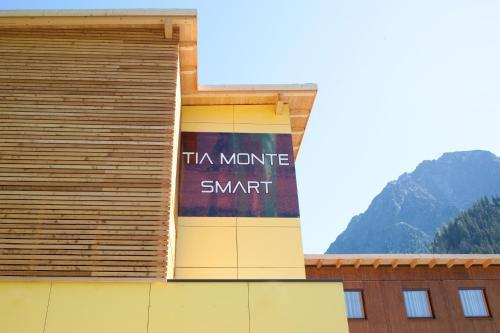 Hotel Tia Monte Smart front view