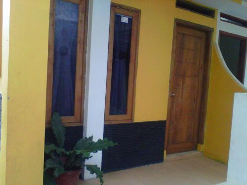 Отель Java Dormitory 2 звезды Индонезия