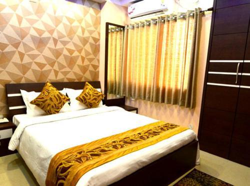 HotelTulip Residency
