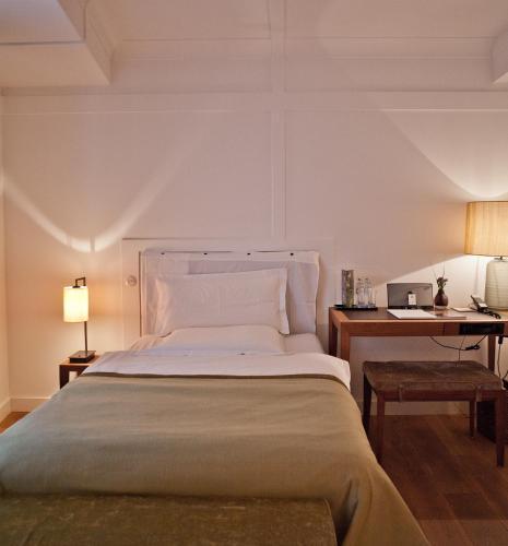 Louis Hotel photo 37
