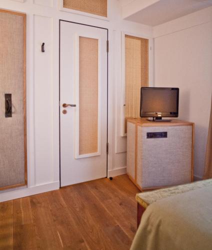 Louis Hotel photo 18