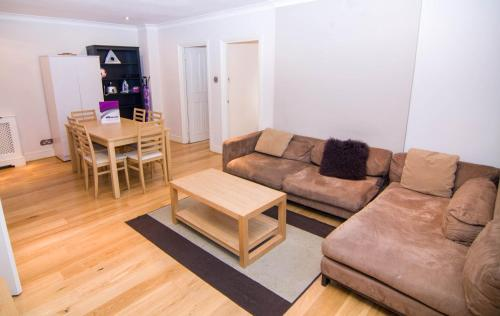Apartment in Central London