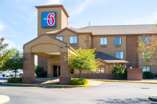 Motel 6 Indianapolis - Airport IN, 46224