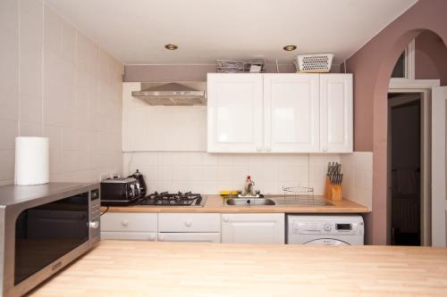 West Kensington Apartment 26