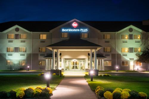 BEST WESTERN PLUS Executive Court Inn & Conference Center NH, 3103