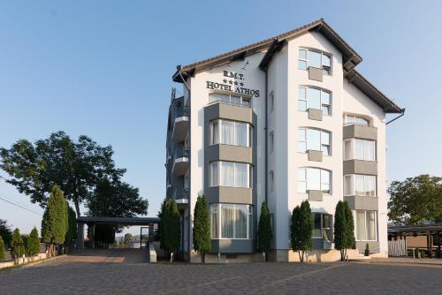 Отель Hotel Athos R.M.T. 4 звезды Румыния