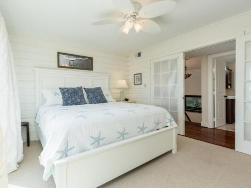 Five-Bedroom Holiday Home Oceanside Galveston Retreat Home