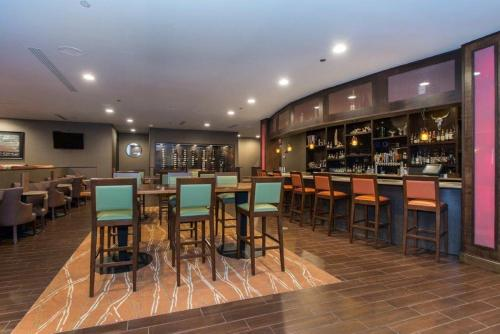 DoubleTree By Hilton Cleveland East Beachwood - 5.0 star rating for travel with kids