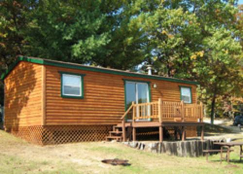 Arrowhead Camping Resort Park Model 10